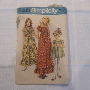 Vintage 1971 Simplicity Dress Pattern 9389